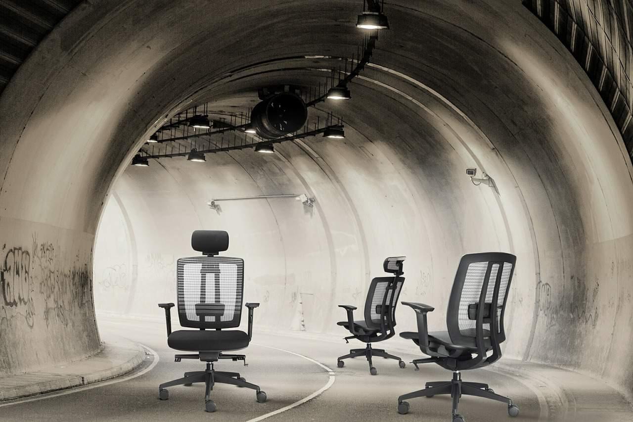 chair-452192_1280