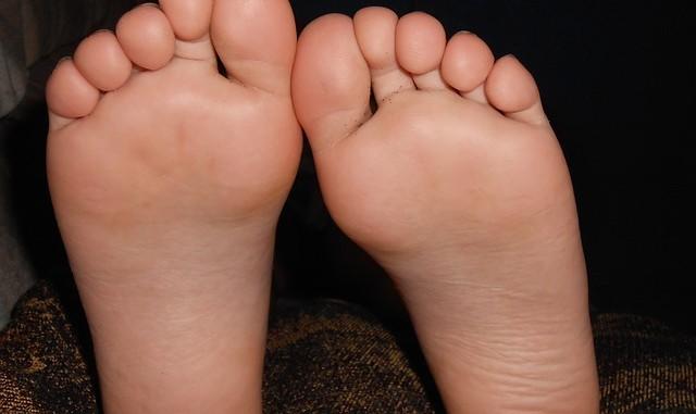 bruska na nohy