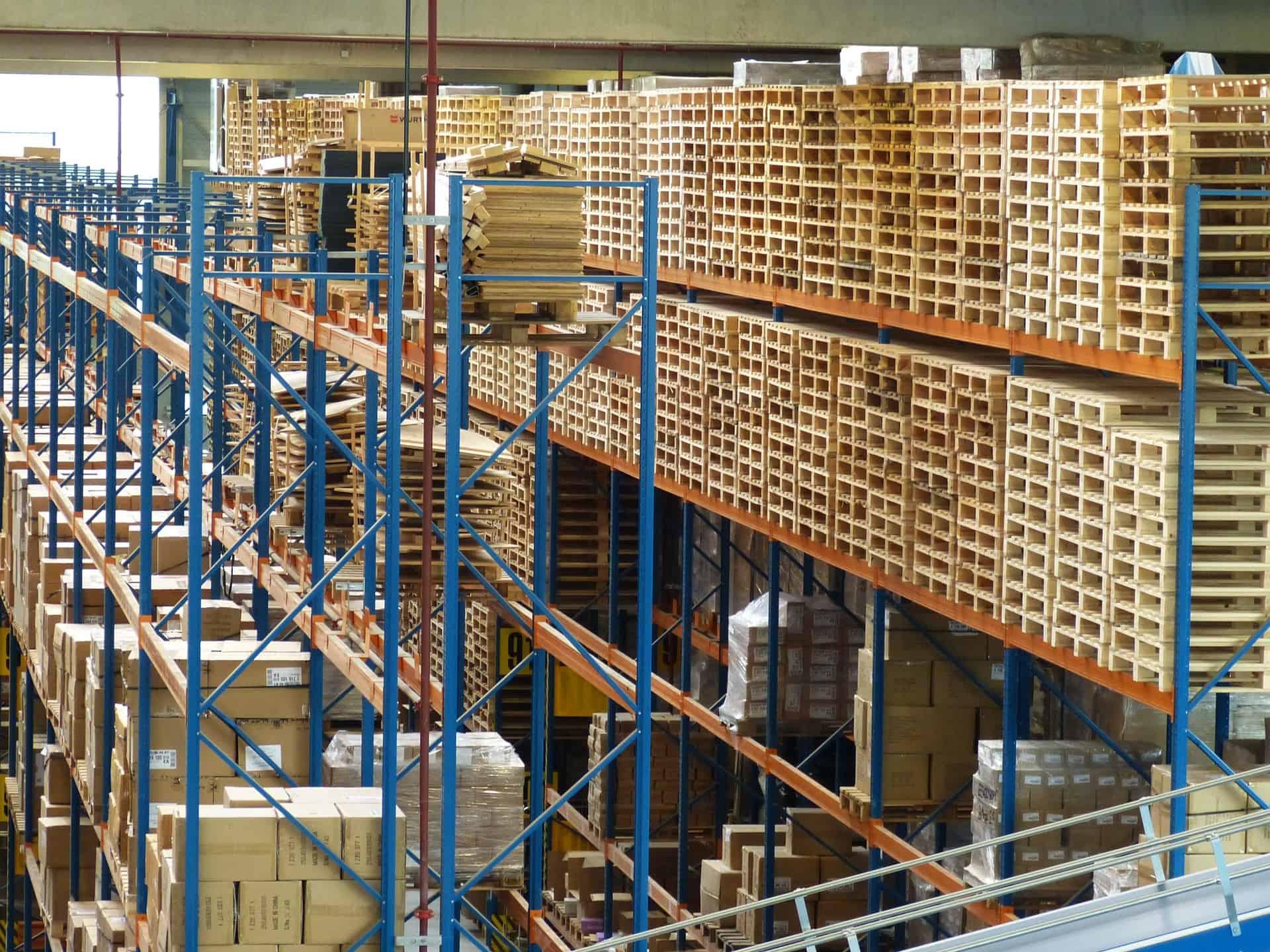 logistics-852937_1920