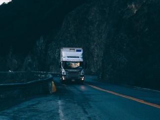 pneu na nákladní vůz